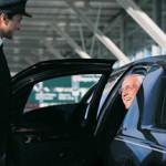 Rental Mobil Untuk Turis dan Wisatawan