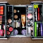 Yang Harus Ada dalam Kotak Make Up