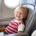 Tips Seru Terbang Bersama Si Kecil