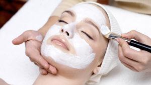 Perbedaan Facial Wash, Facial Scrub dan Facial Mask