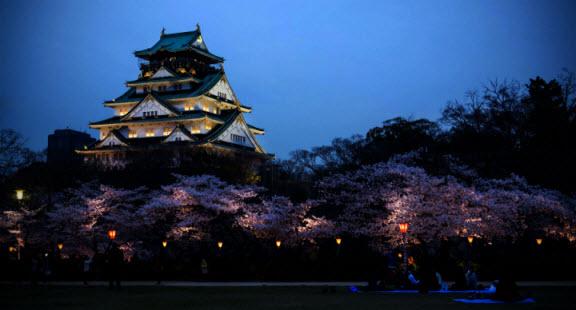 Osaka Castle, Jepang