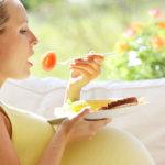 Mau Kulit Bayi Anda Putih Bersih? Coba Makanan Ini!